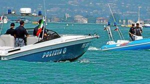 Fiumicino: peschereccio bloccato dalla Squadra Nautica per pesca in area protetta