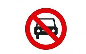 Fiumicino, Mezzo pesante urta una trave del cavalcavia di via della Muratella: divieto di transito