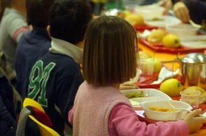 Fiumicino, Pos gratuiti per il pagamento della refezione scolastica: ecco come