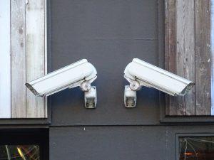 Nettuno, Installazione delle telecamere ambientali