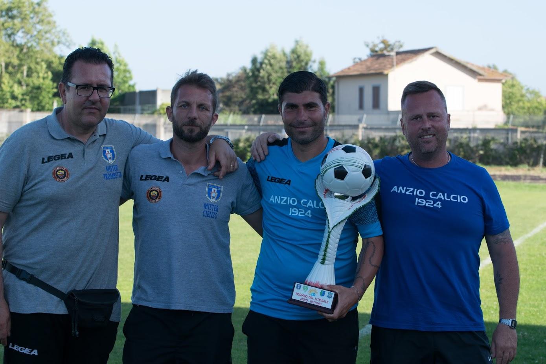 Il responsabile del Settore Giovanile Mario Guida con Antonio Cienzo, Giovanni Trombetta e Maurizio Rogai