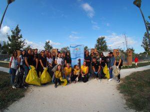 """Fiumicino ha aderito alla campagna di volontariato ambientale """"Puliamo il Mondo"""""""