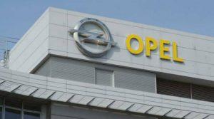 Fiumicino, Lo sciopero dei lavoratori dello stabilimento Opel