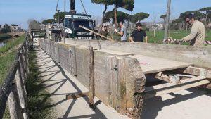 Fiumicino, Cominciati i lavori per la ristrutturazione del ponticello di Villa Guglielmi