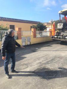 Fiumicino, Completato il lavoro di asfaltatura in via dei Mitili