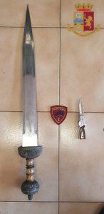 Ostia, Un arresto: minaccia di uccidere la compagna con una spada e aggredisce gli agenti